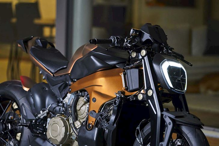 V4 Penta: A Limited-Edition Ducati Panigale V4 by Officine