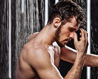 Những lợi ích không ngờ khi tắm nước lạnh đúng cách dành cho anh em