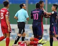 CLIP: Bóng ma 'võ league' trở lại trong trận Bình Dương vs Sài Gòn