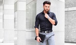 Hướng dẫn cách mặc áo sơ mi tay dài dành cho nam giới