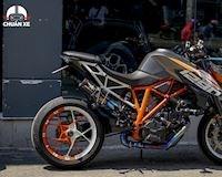 Ám ảnh tiếng nổ siêu naked-bike KTM Super Duke 1290 - Showxe #1