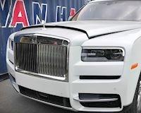 Siêu phẩm Rolls-Royce Cullinan 40 tỷ đầu tiên cập bến Việt Nam