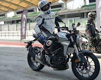 Chốt giá 129 triệu, Honda CB250R làm náo loạn thị trường