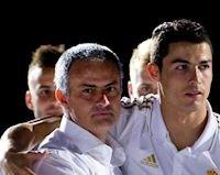 Ronaldo ra tay, Mourinho vẫn bị Juventus ngó lơ
