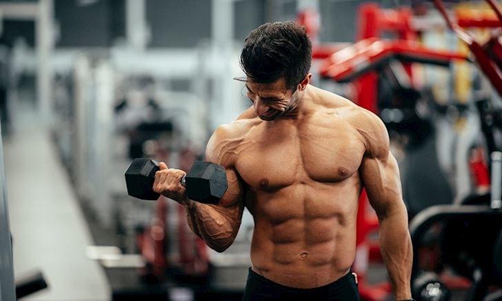 5 cách khắc phục cơ thể trữ nước để giúp cơ bắp lộ rõ hơn