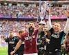 Bóng đá quốc tế ngày 28/5: Aston Villa chính thức thăng hạng Premier League