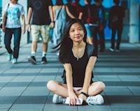 Biết địch biết ta - 5 sự khác biệt giữa con gái 17 và 25 tuổi trong tình yêu