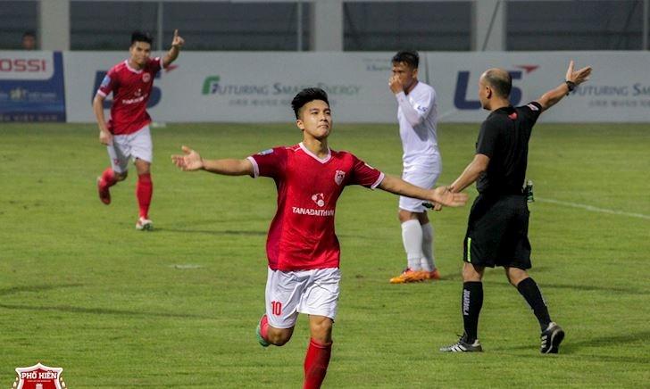 Martin Lo có đúng tuổi để lên U23 Việt Nam?