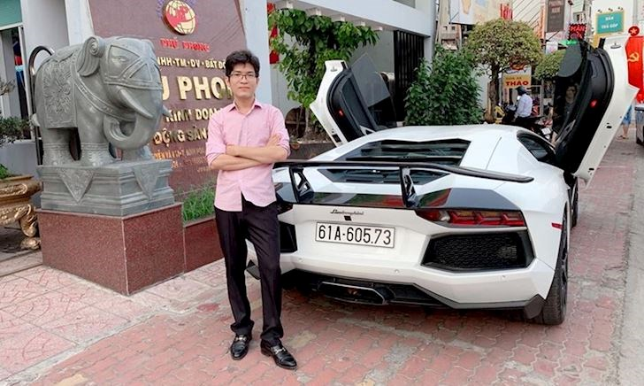 Thiếu gia Bình Dương bấm biển số siêu xe Lamborghini Aventador gần 30 tỷ
