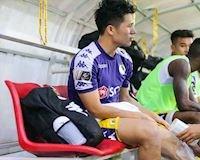 Video clip NÓNG: Đình Trọng bật khóc vì chấn thương trước King's Cup 2019