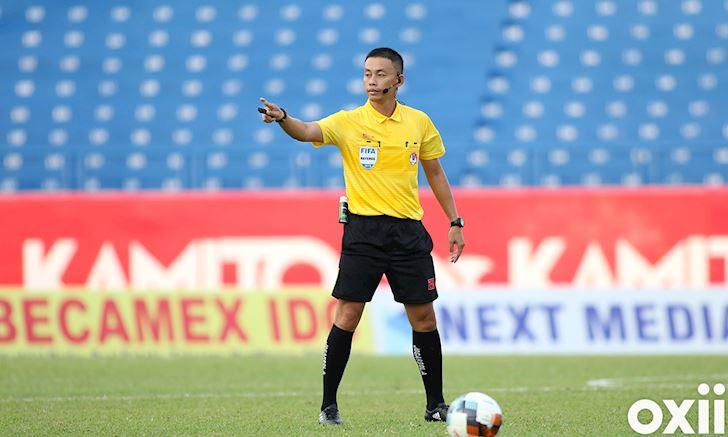 Bong da Viet Nam ngay 15 5 AFC danh gia cao trong tai Viet Nam 2
