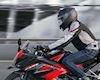 Max speed CBR150R được bao nhiêu? có đánh bại được R15 V3