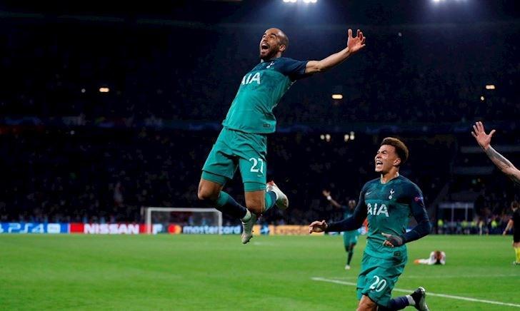 Gánh cả Tottenham, Lucas Moura làm được điều Messi cũng bó tay