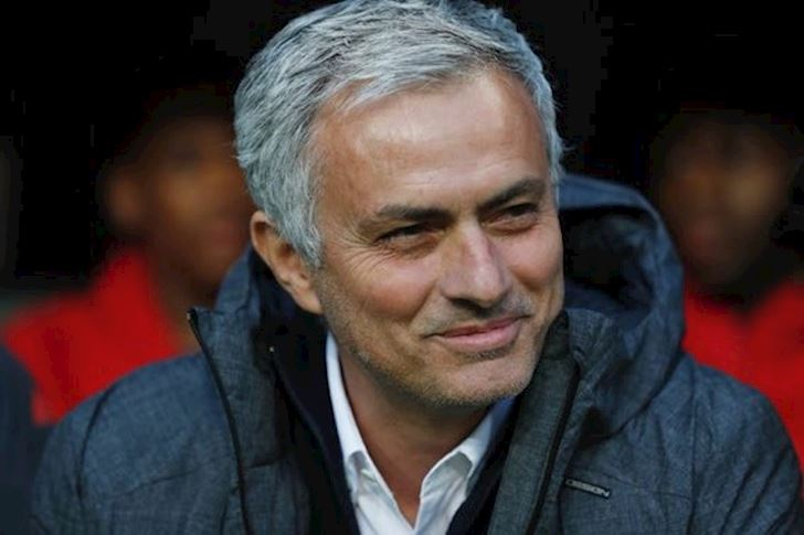 cuc-soc-mourinho-ve-lai-chelsea-anh-2