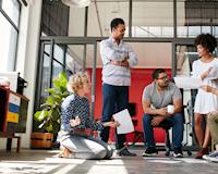 Mới tốt nghiệp: Nên làm công ty nhỏ hay tập đoàn to?