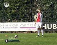 Video Clip: De Ligt so tài đá phạt với Frenkie De Jong và cái kết
