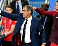 HLV tuyển Bồ Đào Nha tiết lộ lần 'chiếm quyền' của Ronaldo