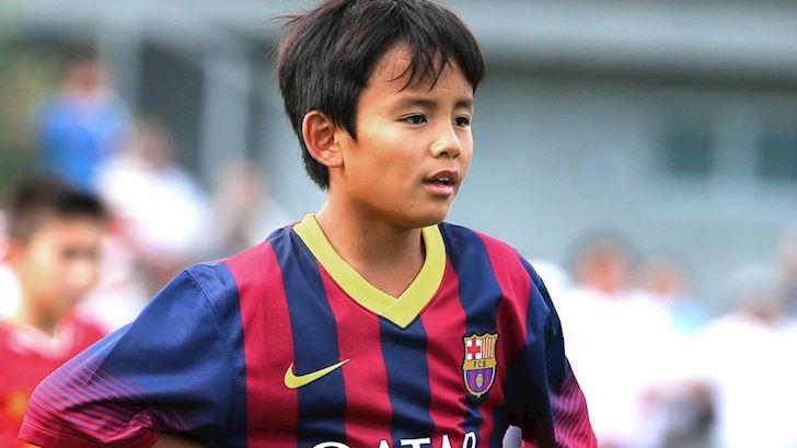 Doi-luong-khong-tuong-Messi-Nhat-Ban-bi-Barca-hat-hui-anh-1