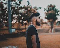 Trăn trở đàn ông: Chuyện về những gã cô đơn mất niềm tin vào tình yêu