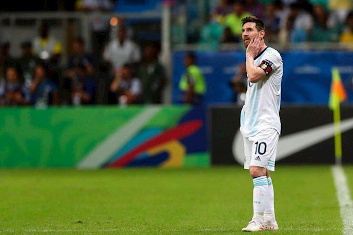 Messi gay that vong, Argentina thua be bang tran ra quan Copa America anh 3
