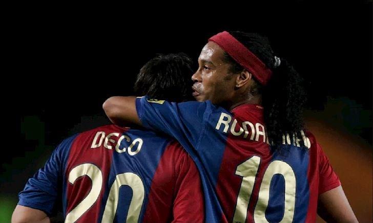 Barca phải bán Ronaldinho và Deco vì sợ Messi hư hỏng