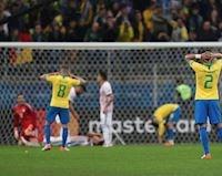 Hàng công siêu cùn khiến Brazil chết đi sống lại
