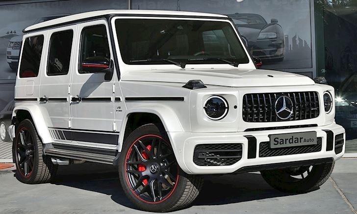 """Minh nhựa mua thêm SUV khủng 15 tỷ, chung """"chuồng"""" với Lamborghini Urus"""