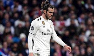 Đuổi mãi không đi, Bale nhận đòn trừng phạt của Real