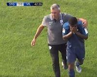 Video Clip: Sao trẻ Arsenal khóc ngất rời sân vì bị phân biệt chủng tộc