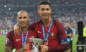Nhà vô địch EURO 2016 Quaresma chào mời Hà Nội FC