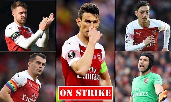 Arsenal đau khổ chán chường vì không ai xứng đáng làm đội trưởng