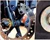 Mở ốc ở đĩa phanh dễ gãy, làm sao để khắc phục?