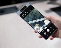 Samsung Galaxy A80 - Camera lật xoay như giá 15 triệu thì có nên mua?