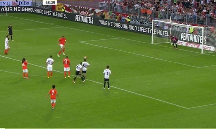 Video Clip: Những pha đá Penalty hài nhất lịch sử bóng đá