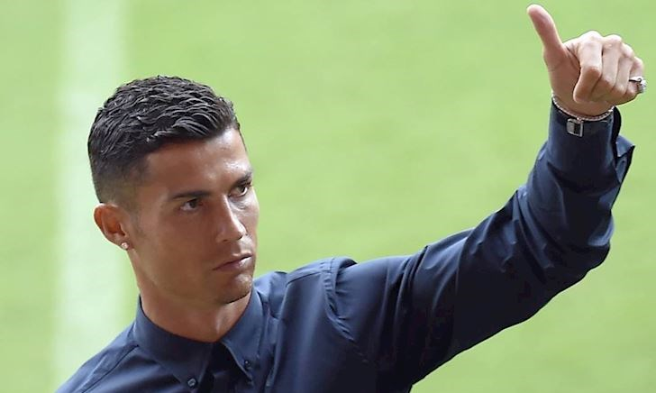 'Sống ảo' kiếm tiền, Ronaldo giỏi gấp rưỡi Messi