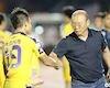 Chỉ bắt tay quân Hà Nội FC, thầy Park khiến người hâm mộ TP.HCM chạnh lòng