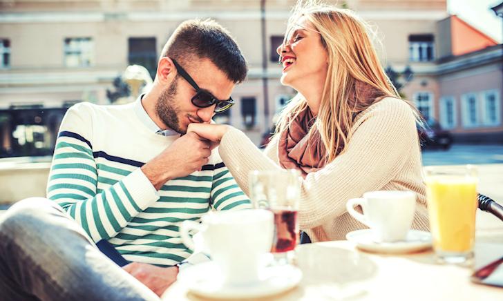 9 câu hỏi tán gái dành cho những anh em không-biết-nói-gì