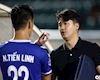 Trợ lý 'soái ca' thăm hỏi trò cưng của thầy Park tại tứ kết Cúp QG 2019