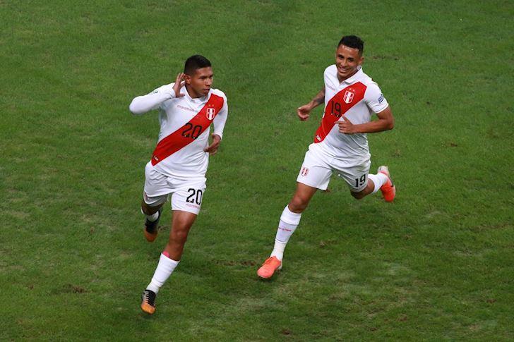 KET-QUA-Copa-America-2019-Chile-vs-Peru-0-2-Nguoi-Peru-tao-dia-chan-anh-2