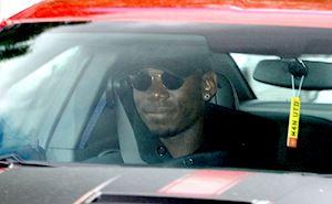 Pogba yêu cầu rời MU trước tour đấu hè