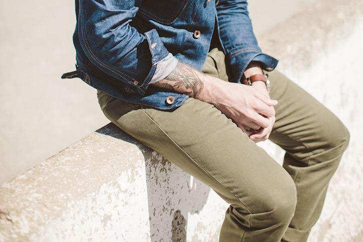 Goi y thay the cho nhung quy ong khong thich mac quan jeans