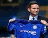 Lampard vừa đến Chelsea, sao trẻ kiêu  răm rắp ký hợp đồng