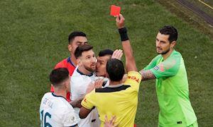 Messi dính thẻ đỏ, Argentina hạ gục Chile giành hạng 3 chung cuộc