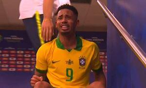 Brazil vô địch, Gabriel Jesus khóc như mưa trong đường hầm