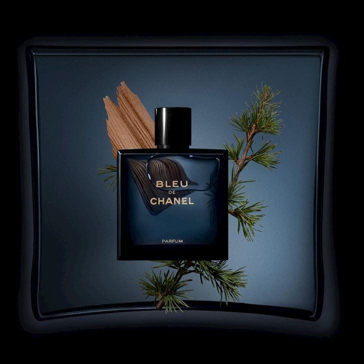 Review Bleu de Chanel Mui nuoc hoa moi nguoi dan ong deu muon thu mot lan trong doi