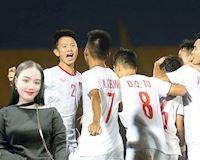 Video clip: Hot girl đất Thủ tiếp lửa U18 Việt Nam đại thắng Singapore