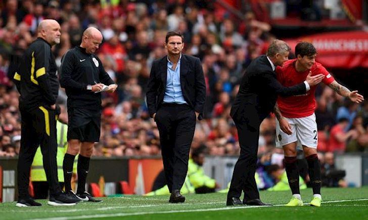 Lampard bat Mourinho, mia mai thay cu chi con la 'binh loan vien' anh 3