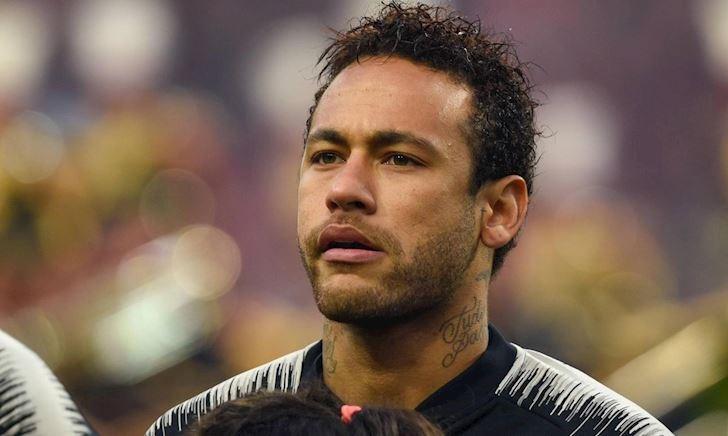 Neymar bị fan PSG gọi là 'con điếm' vì âm mưu đào tẩu