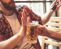 Từ chối rượu mời cũng có 4 kiểu người, anh em thuộc kiểu nào?
