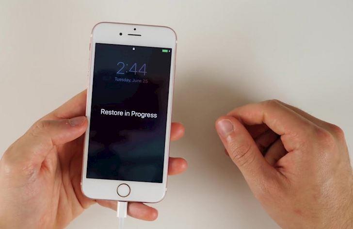 Cach ha cap iOS 13 beta xuong iOS 12 khong lam mat du lieu 17